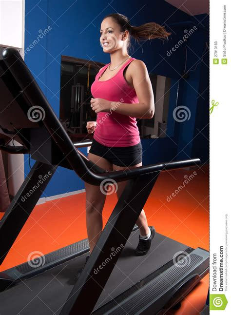 how to a to run on a treadmill running on treadmill in the stock photos image 27913183