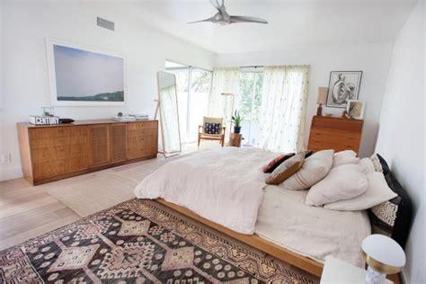 mid century modern master bedroom hgtv