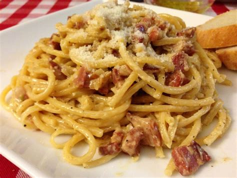 bucatini carbonara food observations
