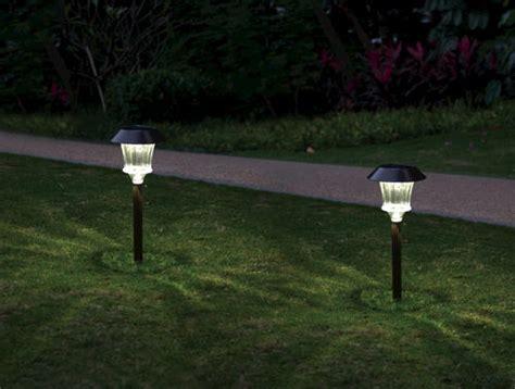 Menards Landscape Lighting Lindon Bronze Solar Path Light 2 Pack At Menards 174