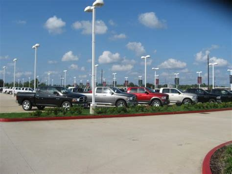 Tomball Dodge Chrysler Jeep by Tomball Dodge Chrysler Jeep Tomball Tx 77375 Car