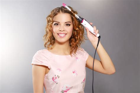 choosing the best curling iron for thick hair testing team