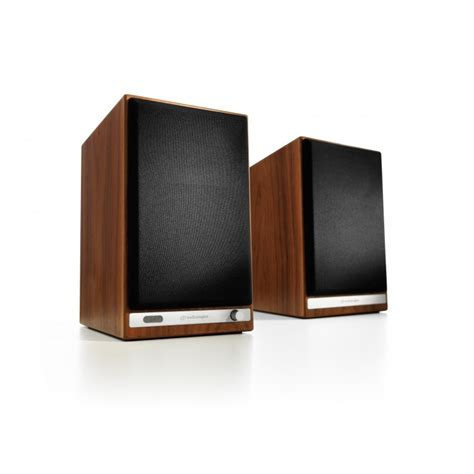 audioengine hd6 premium powered bookshelf speakers