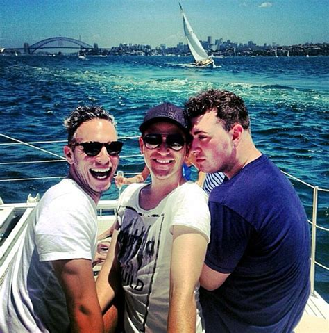 sam s boat instagram sam smith and boyfriend jonathan zeizel cosy up for selfie