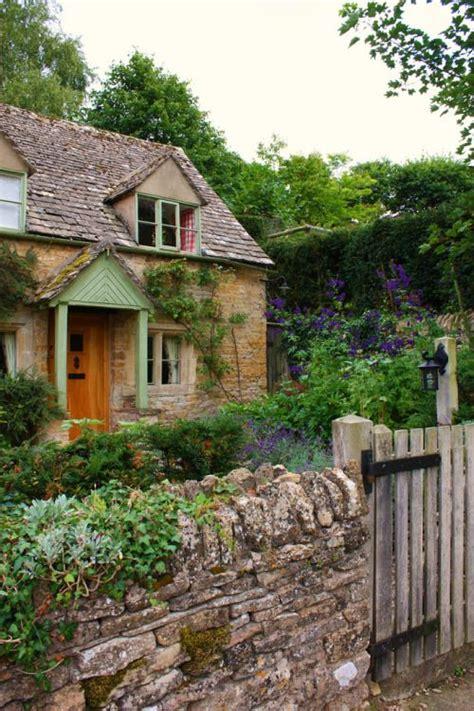cottage gardens magazine 120 best images about magazine on