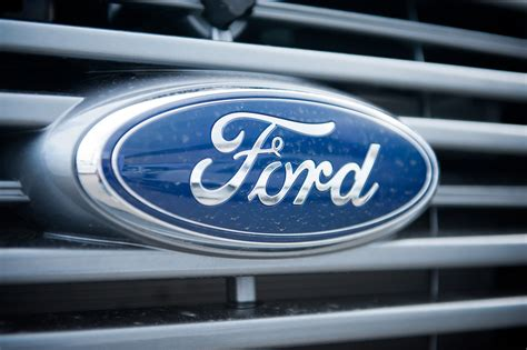 motor conpany 4 reasons to buy ford motor company nasdaq