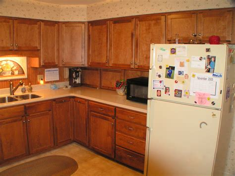 types of laminate kitchen cabinets refacing cavins kitchen village of findlay oh
