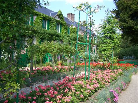 S Home And Garden by Giverny Monet S Home