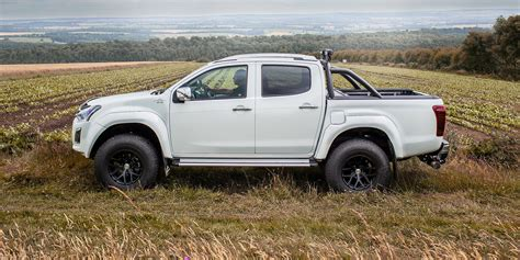 2017 isuzu d max arctic trucks at35 revealed photos 1