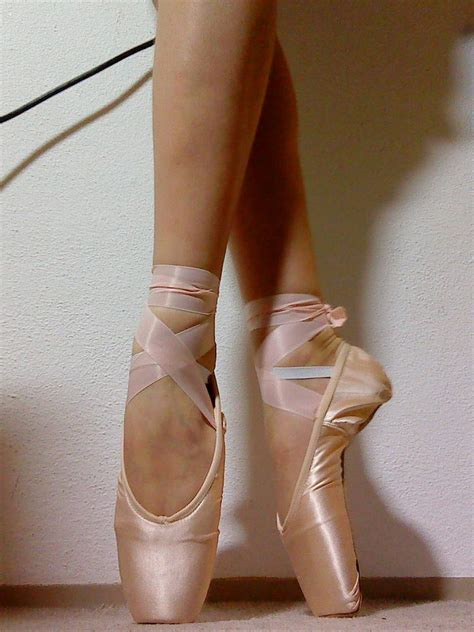 pointe shoes for grishko 2007 pointe shoes by balerina97 on deviantart