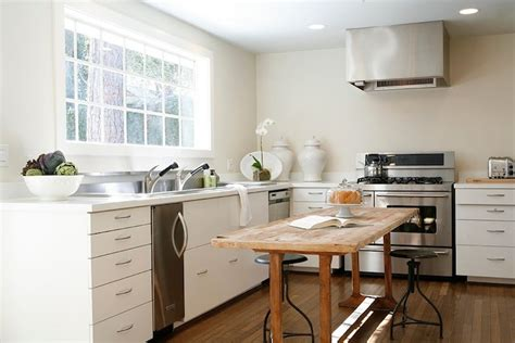 Kitchen With No Top Cabinets by Bottom Kitchen Cabinets Design Decor Photos Pictures