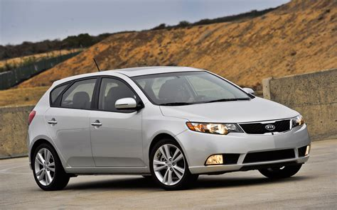 Kia Forte 5 Hatchback 2012 Kia Forte 5 Door Photo Gallery Motor Trend