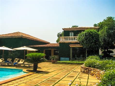 south house file luxury villa house south jpg wikimedia commons