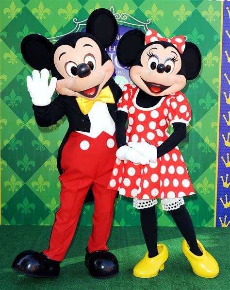 images about mickey mouse and minnie mouse bedding mickey mouse and minnie mouse photos photos premiere of 1000   Premiere Disney Princess Frog Arrivals poGlHyLtIxyx