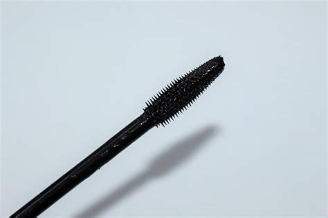 Lancome Hypnose Buildable Volume Mascara lancome hypnose volume a porter review really ree