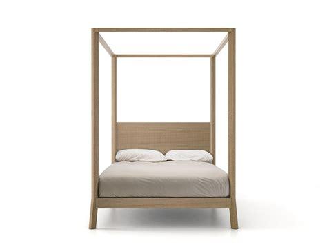 letto a baldacchino in inglese breda letto a baldacchino by punt design borja garcia