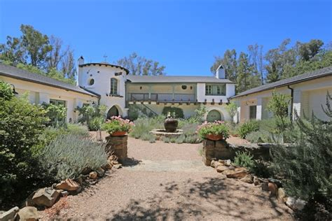 ranch house ojai reese witherspoon selling libbey ranch in ojai hooked on