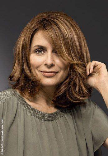 unkomplizierte frisuren lange haare die besten 17 ideen zu frisuren f 252 r stufenschnitt auf mittellange haarschnitte und