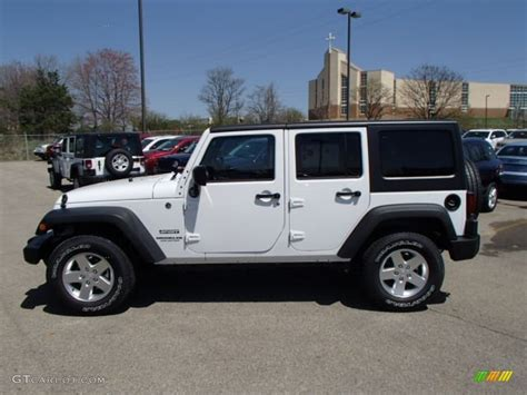 White Jeep Wrangler Unlimited 2013 Bright White Jeep Wrangler Unlimited Sport S 4x4
