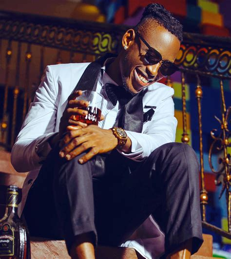 Set Naira mr 2kay inks a multimillion naira deal set to tour with