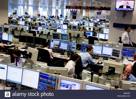 trading bank trading floor of deutsche bank in the city of the