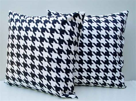 sofa pillows contemporary contemporary sofa pillows simple contemporary decorative