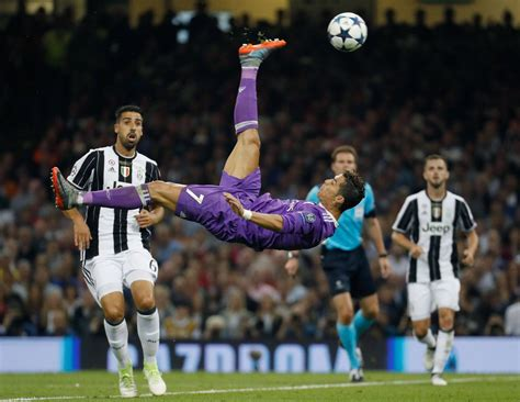 ronaldo on juventus cristiano ronaldo juventus real madrid fotos real madrid cf real madrid