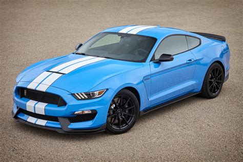 shelby mustang 2017 mustang shelby gt350 pics of new colors are