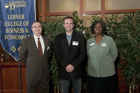 Udel Mba Schedule by Carol A Ammon Mba Competition Winners Announced By