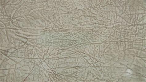 remove ink stain from couch 3 formas de quitar una mancha de tinta de un sof 225