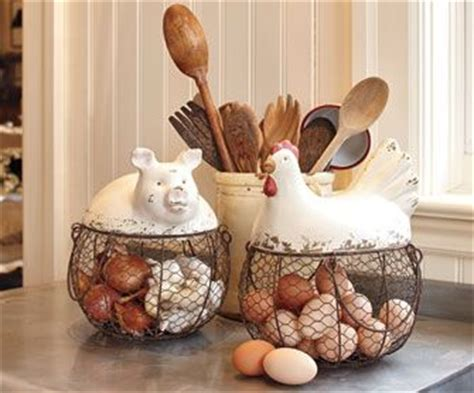 Pig Kitchen Decor by Best 25 Egg Basket Ideas On Easter Egg Basket