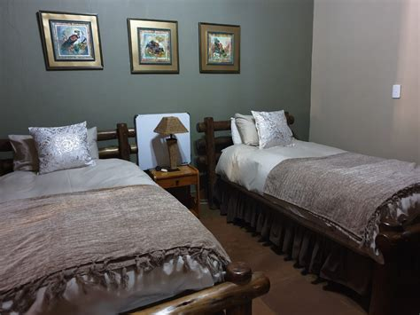 africa hunt lodge hunting lodge exotic hunts safari themed accommodations  south africa