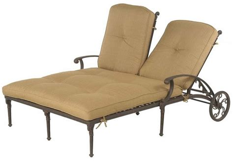 luxury chaise lounge chairs shop grand tuscany by hanamint luxury cast aluminum patio