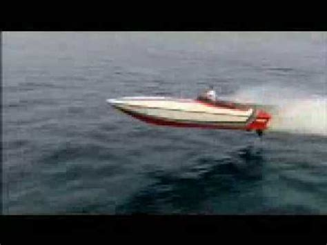 fast boat jump offshore boat jump youtube
