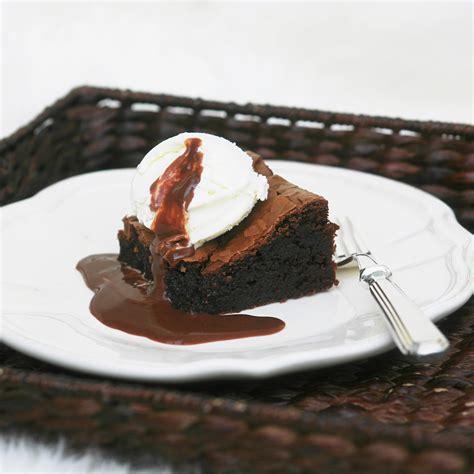 Brownies Fudge Chocolatte chocolate brownies with fudge sauce and home