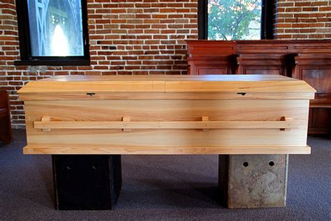 plans making wooden caskets  diy workbench