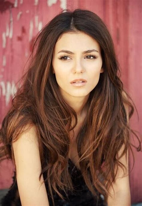 stunning highlights for dark brown eyes victoria justice long hair makeup hair extensions