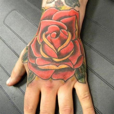 tattoo old school hand tattoo na mao pictures to pin on pinterest tattooskid