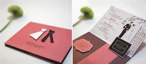 belajar membuat undangan pernikahan sendiri desain gambar kartu undangan pernikahan unik bagus dan