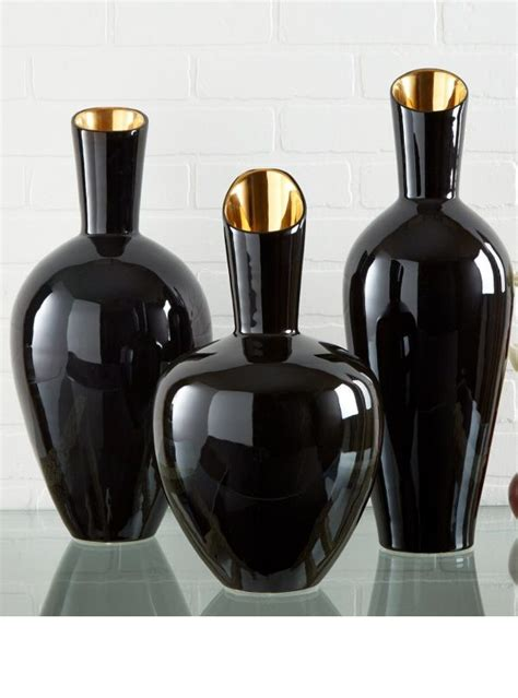 Black Vases by Best 20 Black Vase Ideas On