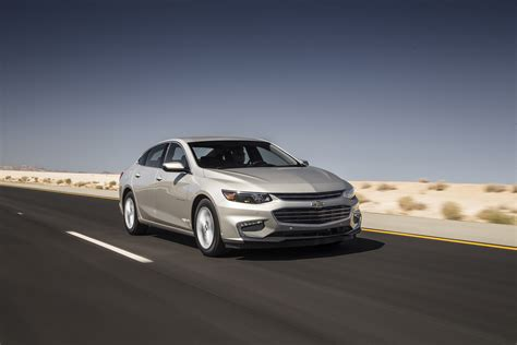malibu car chevrolet malibu 2016 motor trend car of the year contender