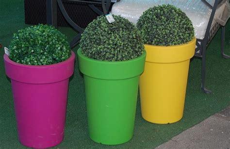 vasi in plastica colorati vasi in resina da esterno vasi e fioriere vasi per