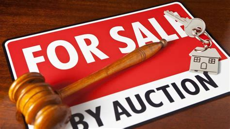 buying a house by auction house auctions what you need to know about buying a foreclosure realtor com 174
