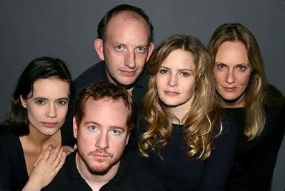 jennifer jason leigh harry potter jennifer jason leigh and mike leigh invite off broadway to