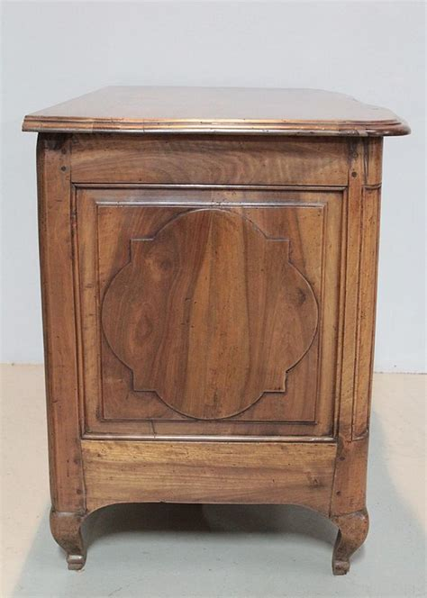 Commode En Noyer by Commode Regence En Noyer Xviiie Antiquites Lecomte
