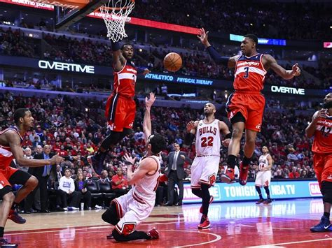 john wall bench press hey bulls do you want to play the if necessary games