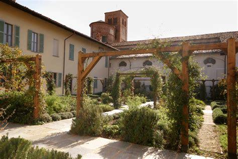 giardino dei semplici cuneo cherasco mostra di fiori e piante la pancalera
