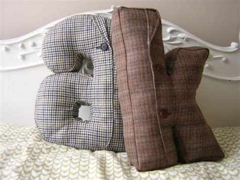 How To Make A Suit With Pillows by How To Use Literary Accents Throughout Your Home Decor