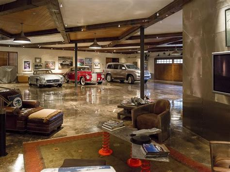 One Car Garages by Calling All Car Collector S Luxury Garages Sotheby S