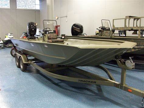 tracker grizzly boats 2072 2016 tracker grizzly 2072 green 2016 tracker grizzly